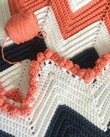 Daisy Farm Crafts: Single Crochet Chevron Baby Blanket