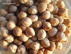 Kikkererwten komen oorspronkelijk uit Zuid-Europa, Noord-Afrika en India, dat zie je terug in veel recepten met kikkererwten, bijvoorbeeld hummus.