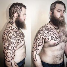 Berserker. #viking #vikingtattoo #nordic #nordictattoo #dotwork #dotworktattoo #knotwork #headtattoo #bear #stag #dragon #vikings #beard
