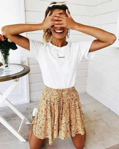 white T-shirt, ditsy floral skirt - casual autumn outfit, spring outfit, style, outfit . Source by StreetStyleOutfits inspiration hipster Cute Casual Outfits, Casual Skirts, Cute Summer Outfits, Outfits For Teens, Outfit Summer, Summer Dresses For Girls, Cute Summer Clothes, Outfits For Spring, Spring Dresses Casual