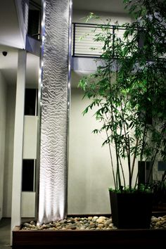 Water Veil In A Residential Courtyard, I LOOOVE Modern Decor In The Home!