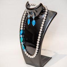 Beautiful Accessories Bead Jewellery, Jewelry, Gemstone Rings, Gemstones, Beads, Places, Stuff To Buy, Accessories, Beautiful