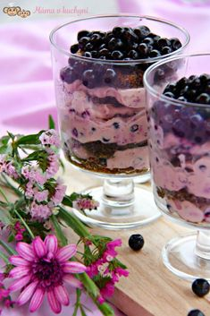 Pohár s makovým piškotem a borůvkovým krémem (bez cukru a mouky) | Máma v kuchyni