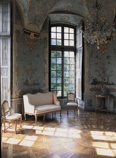 Chateau de Haroue in Lorraine, France: artist Jean Pillement painted birds, insects