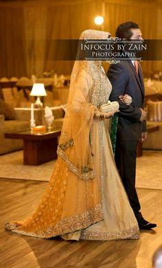 Pakistani Bride And Groom .Follow me here MrZeshan Sadiq
