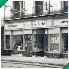 Antes de 1940 habíamos ya comenzado obras de ampliación e incorporado nuevos productos. Los zapatos, y los accesorios de moda siempre han ido unidos con la confección.
