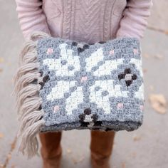 This free Icelandic-inspired crochet pattern using a c2c technique to make intarsia crochet.
