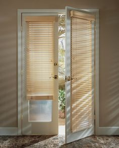french door blinds and curtain panels, french curtain styles 2017 The best designs of French country curtains for french doors and blinds, how to choose the best design of French curtains for living room hall, bedroom, kitchen Patio Door Blinds, Wooden Window Blinds, House Blinds, Wood Blinds, Curtains With Blinds, Patio Doors, Fabric Blinds, Blinds Diy, Curtain Panels