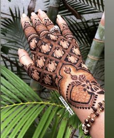 Traditional Mehndi Designs, Indian Henna Designs, Henna Tattoo Designs Simple, Latest Bridal Mehndi Designs, Henna Art Designs, Modern Mehndi Designs, Mehndi Design Pictures, Mehndi Designs For Girls, Mehndi Designs For Fingers