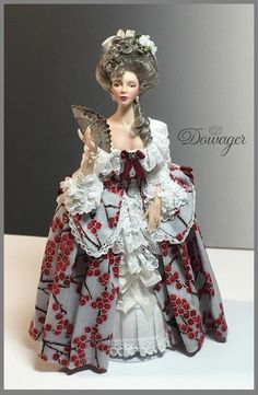Dana of Miniature Art - scale Art Dolls Dollhouse Dolls, Miniature Dolls, Antique Dolls, Vintage Dolls, 1870s Fashion, Barbie Gowns, Barbie Princess, Tiny Dolls, Collector Dolls