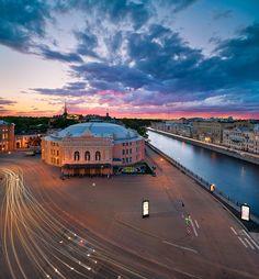 Petersburg, Russia by Serfey Louks