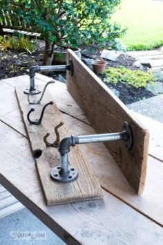 Warming up a fall entry with an industrial farmhouse reclaimed wood shelf : Creating an industrial farmhouse shelf with reclaimed wood and random vintage hooks for a fall entry