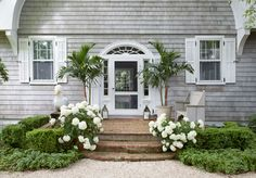 Six Tips For Creating A Dramatic Front Door Container Garden - Pottery Barn Front Porch Planters, Front Door Porch, Front Porch Design, Front Door Decor, Front Doors, Large Planters, Porch Designs, Front Entry, Front Door Plants