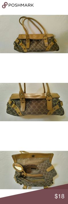Nine West bag Have a look at this nice little Nine West bag. Small and convenient, with a mini mirror and change holder included! Nine West Bags Mini Bags