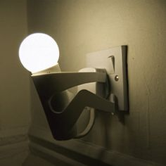 Martyr Monkey is a fun nighlight, it has an automatic sensor that automatically lights up the lamp depending on a rooms lighting conditions.