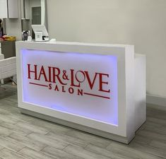 Vegas Reception Desk with Built-in LED Light Box image 7 Dental Office Design, Healthcare Design, Beauty Salon Interior, Beauty Salons, Fitness Club, Store Design, Design Design, Floor Design, Design Ideas