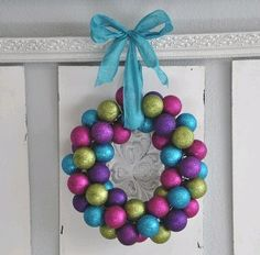This Dollar Store Ornament Wreath video will teach you how to turn those extra ornaments into a festive decoration. This is a great and inexpensive way to add some color to your front door. Diy Christmas Ornaments, How To Make Ornaments, Christmas Balls, Christmas Projects, Holiday Crafts, Holiday Fun, Christmas Wreaths, Christmas Crafts, Christmas Decorations