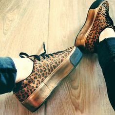 Mes précieuses . . #nomame ................................................... #noname #shoesaddict #shoes #platformshoes #outfits #outfit #girl #girls #dressing #chaussures #lifestyle #girly #leopard #glitter #instashoes #shoesoftheday #happyfeet #greatshoes #shoestagram #style #styleoftheday #inspiration #nonameaddict #kicks #instakicks #swag #sneakers