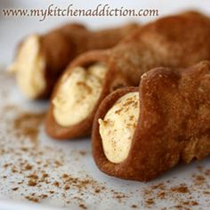 Gonna have to try these...   Pumpkin Spice Cannoli