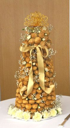 Croquembouche designer wedding cakes in Dorset and Hampshire. See pictures of our French desserts, made from choux pastry buns, caramel and cream. Beautiful alternative to a wedding cake: Coast Cakes French Wedding Cakes, Wedding Cake Images, French Cake, Wedding Cake Designs, Croquembouche, Sunset Wedding, Chic Wedding, Luxury Wedding, Cake In A Can