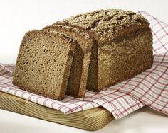 Hier finden Sie interessante Details und Rezepte für Brot und Brötchen zu den beiden besonders in Deutschland beliebten Grundnahrungsmitteln.