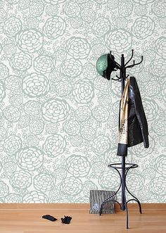 Cool: Wallpaper — making a serious decorative comeback this season. Not Cool: Storebought wallpaper paste — packing toxic ingredients, amped to leach into your home for years to come. Cool: Old School wallpaper paste — basically just a mix of flour and water. Very cool. Don't miss a thing — sign up to receive weekly gems at www.theoldschool.com #GetSchooled #Wallpaper #Decor