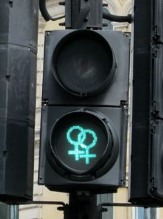 lesbian traffic lights in trafalgar square, london, june 2016 L Wallpaper, Wallpaper Aesthetic, Gay Aesthetic, Lesbian Pride, Traffic Light, Butches, Homestuck, Me As A Girlfriend, Wall Collage
