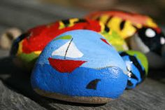 Looking for a fun craft that the whole family can enjoy? Try painting rocks. Rock painting can be as simple or intricate as you wish + they make great gifts. Stone Art Painting, Pebble Painting, Love Painting, Ceramic Painting, Painting For Kids, Pebble Art, Stone Crafts, Rock Crafts, Shark Painting