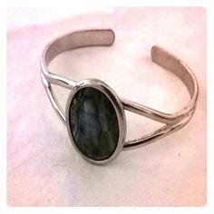 Silver bracelet Pretty multi colored Jewelry Bracelets