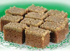 Koláč s tvarohom a s makom - Mňamky-Recepty. Cake Recipes, Dessert Recipes, Desserts, Kolaci I Torte, Sweet Cakes, Banana Bread, Biscuits, Food And Drink, Sweets
