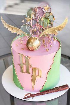 14th Birthday Cakes, Unique Birthday Cakes, Beautiful Birthday Cakes, Birthday Cakes For Women, Birthday Cake Girls, Cake Decorating Designs, Cake Decorating Supplies, Cake Decorating Techniques, Decorating Ideas