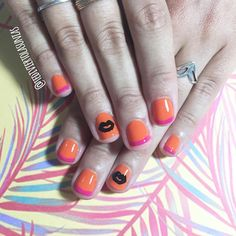 Sabias que además de nail art hacemos manicuria y te dejamos las uñas divinas? Te esperamos! Escribinos por WhatsApp al 1169149731 para reservar turno ✨