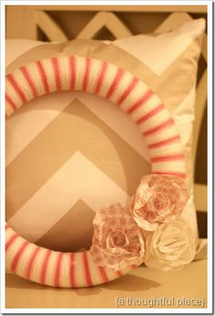 yarn wreath with paper flowers