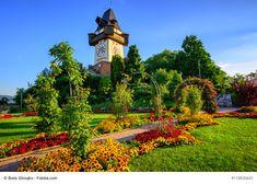#Österreich #Graz #Städtereise #Reisen #Urlaub Big Ben, Sidewalk, Building, Garden, Travel, Italia, Graz, Explore, City
