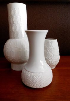 Mid Century Thomas Rosenthal Germany Op Art Matte White Vase  from MidCenturyFLA