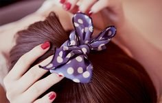 Add some hair flair if your strands are looking a little plain. From hair bows and headbands to clips and barrettes, we've found the best hair accessories. Ulzzang Hair, Cute Asian Fashion, Unique Fashion, Trendy Fashion, Fashion Ideas, Vintage Fashion, Fabric Butterfly, How To Make Rope, Pastel Fashion