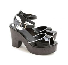 Fendi black patent leather sandals (8X4778 TQX F0ZE7) - Bledoncy
