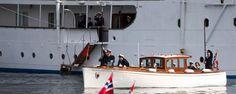 Kongen og Dronninga går i land på Tingvoll @ Atlanterhavsporten®