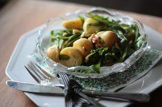 Mad i farver: Kartofler med rucola, citronolie og pinjekerner