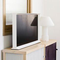 "Serif TV 32"" by Ronan & Erwan Bouroullec | DomésticoShop"