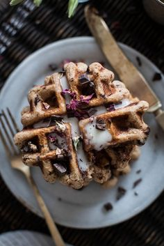 Local Milk | breakfast in bed | vegan rose + chocolate chip spelt waffles