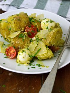 Ensalada de patatas con pesto, una receta sana, rápida y deliciosa