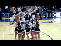 cheer pyramid - YouTube