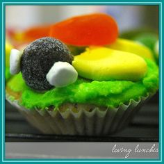 Loving Lunches  cupcake turtle