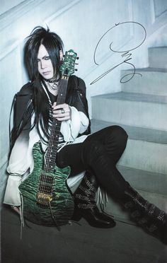 Uruha - the GazettE // GiGS // No. 420 // Part 3