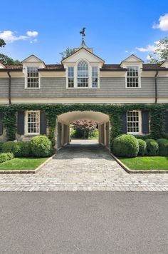 Porte Cochere by Significant Homes LLC.