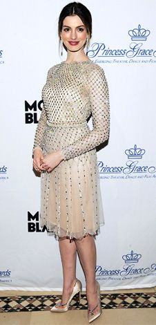 gorgeous, modest dress on beautiful Anne Hathaway