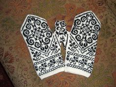 Ravelry: Norwegian Mittens pattern by Jessica Tromp Knitting Humor, Knitting Stitches, Free Knitting, Knitting Patterns, Knitting Charts, Mittens Pattern, Knit Mittens, Knitted Gloves, Linen Stitch