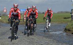 Recon: Omloop het Nieuwsblad (Omlopend volk)