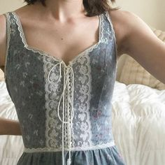How tо Wear Clothes thаt Flatter Yоu Pretty Outfits, Pretty Dresses, Cute Outfits, Edgy Outfits, Vestidos Vintage, Vintage Dresses, Looks Chic, Looks Vintage, Fashion Outfits